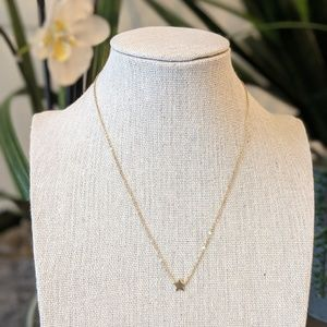 Jewelry - Gold Star Necklace